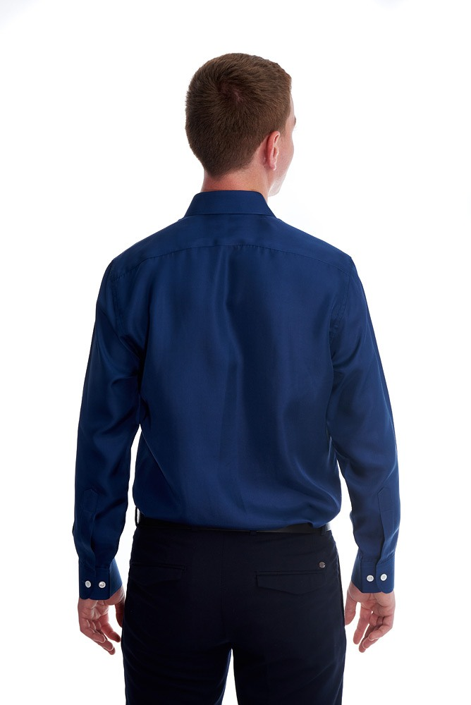 made-to-measure silk twill shirt with classic collar